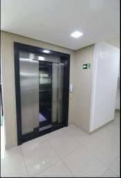8076 | Apartamento à venda com 2 quartos em Jardim Das Estações, Maringá