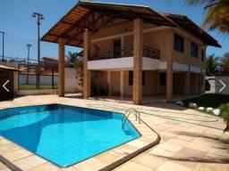 Maravilhosa casa com campo society px ao Beach Park, com 4 suites, closet, deck completo,