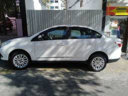 Fiat Grand Siena 1.6 Essence 2015 c GNV