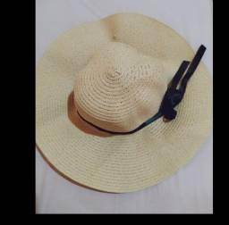 Chapéu de palha feminino