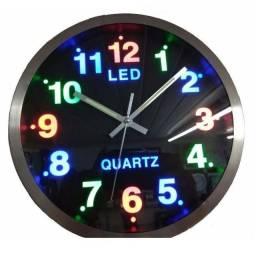 Relógio De Parede Analogico Led Colorido 25cm Número Grande