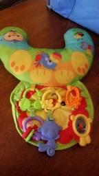 Carrinho e brinquedos de Bebê