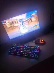 PC gamer atenção discrição