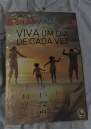Livro Viva um Dia de Cada Vez, Seja Feliz Hoje 1ªed- Silas Malafaia