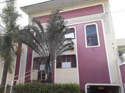 Murano Imobiliária aluga casa comercial de 06 quartos na Praia da Costa, Vila Velha - ES.