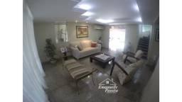 Casa no Condomínio Greenwood Park / Ephigênio Sallescom / V8