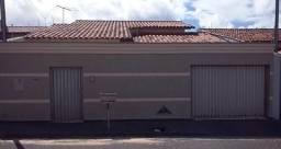 Casa à venda, 3 quartos, 1 suíte, 2 vagas, Segismundo Pereira - Uberlândia/MG
