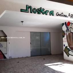 Casa Comercial para Venda em Taubaté, Centro, 3 dormitórios, 1 suíte, 3 banheiros, 2 vagas