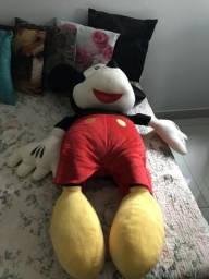 Mickey grande de pelúcia