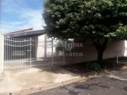 Casa para alugar com 4 dormitórios cod:L13412