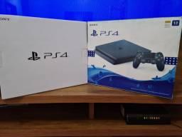 Playstation 4 Slim 1TB - impecável! Aceito cartão!
