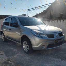 Renault Sandero exp 1.0 16V em ótimo estado