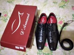 Sapato social N 39 com cinto nunca usado