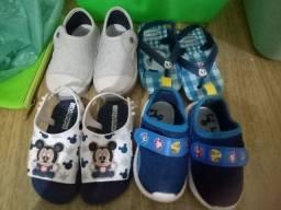 Título do anúncio: Lote de sapatos meninos