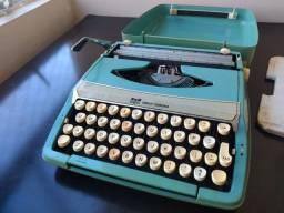 Máquina de escrever Smith corona