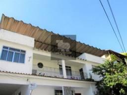[Oportunidade] Aluga-se/Vende-se gigantesca casa em Niterói