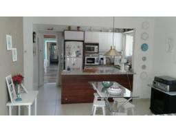Casa para alugar mobiliada de 5 dormitórios em Canasvieiras