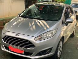 Ford New Fiesta Hatch Titanuim 2013/2014 - 2013