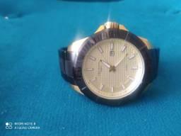 Relógio Technos 48 mm plaquê de ouro e pvd novinho
