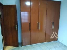 Casa com 4 quartos - Bairro Parque Acalanto em Goiânia