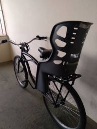 Bicicleta com cadeirinha