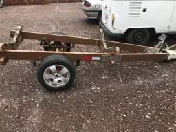 Vendo carreta de encalhe para lancha 15 ou 16 pés