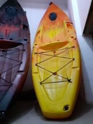 Caiaque modelo Hunter Fishing Up da Brudden Náutica na cor Amarela