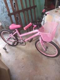 Vendo bicicleta feminina enteressado chama no ZAP *