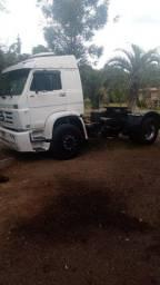 Caminhão wolks 40-300