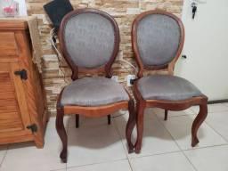 Cadeiras medalhão