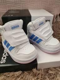 Tênis Adidas nr.18