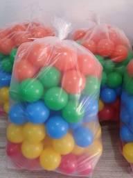 Embalagem com 100 Bolinhas Coloridas - Novas a Pronta Entrega