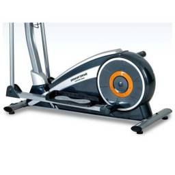 Elliptical trainer magnetic
