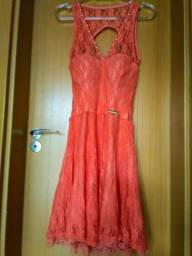 Vestido de Renda Tamanho M