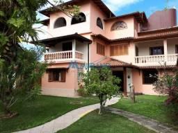 Murano vende casa triplex na Barra do Jucu. Cod. 2567
