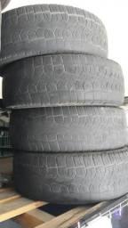 Vendo 4 pneus usado aro 15 pirelli scorpio
