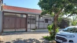 8261 | Casa à venda com 3 quartos em Jardim Imperial II, Maringá