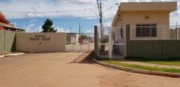 Casa em condomínio serra azul
