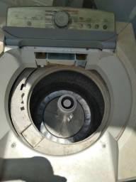 Máquinas de lavar pra retirada de peças