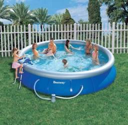 Vendo piscina inflável Bestway 10.000 litros
