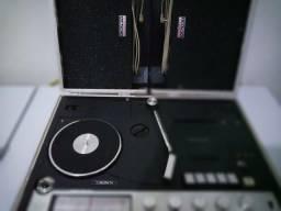3 x 1 relíquia maleta 007