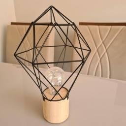 Abajur/Luminária de mesa