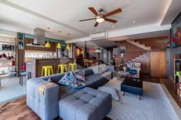 Casa para alugar com 3 dormitórios em , cod:I-034657