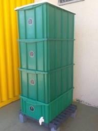 Composteira eficiente 45 litros.