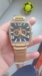 Vende se relógio