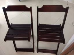Cadeiras de madeira dobráveis