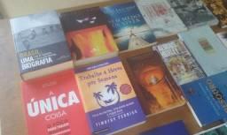 Combo 15 Livros - Sebo - Diversos (R$40) (Não entrego) Livro barato