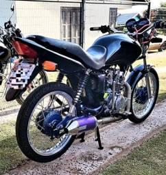 Vendo moto Fan 220 cc