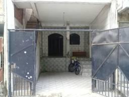Casa 2/4 com garagem no Cabula