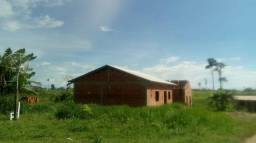 Vende-se casa na vila Acre
